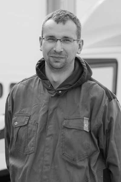 Vladislav YEZDAKOV