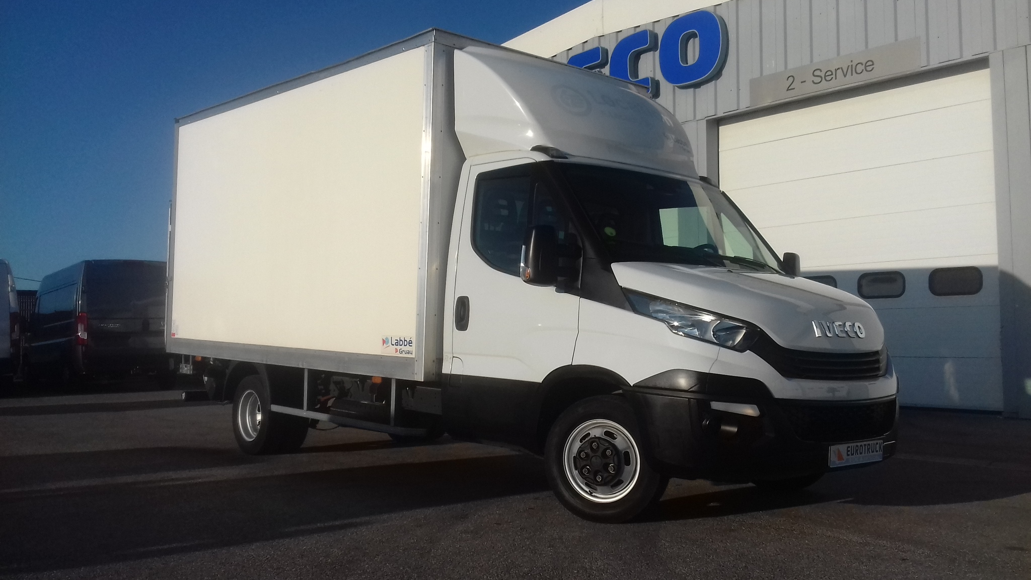 IVECO DAILY 35C16 CAISSE 20M3 HAYON